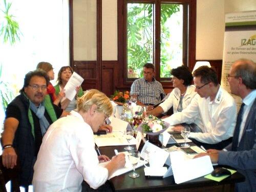INEBB-Weiterbildung im Handel: 1. Pilotphase erfolgreich beendet