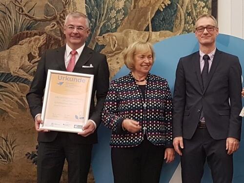 Bundesministerium für Bildung und Forschung und Deutsche UNESCO-Kommission zeichnen BVNG-Projekt INEBB als Vorbild für Nachhaltigkeit aus